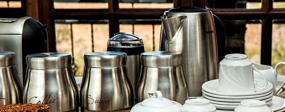 Takeya Deluxe Tritan froid Brew Cafetière avec maille fine Filtre à café-noir